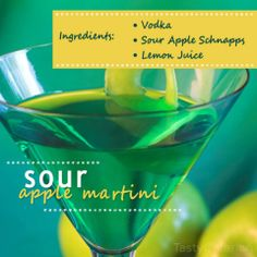 Sour Apple Martini Summer Cocktails, Cocktail Drinks, Fun Drinks, Yummy Drinks, Alcoholic Drinks, Yummy Food, Thanksgiving Drinks, Holiday Drinks, Sour Apple Martini