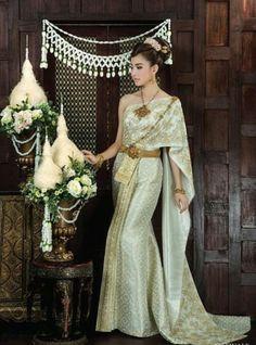 Thai Thai Wedding Dress, Wedding Attire, Wedding Dresses, Thai Brides, Thai Fashion, Thai Traditional Dress, Traditional Outfits, Girl Costumes, Art Costume