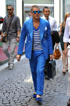 Lapo Elkann style in ballerine blu: shopping a Milano - Paperblog