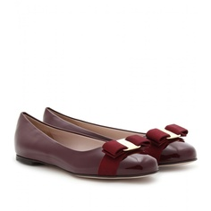 Salvatore Ferragamo flats in burgundy. Too cute to handle <3 *had them <3*