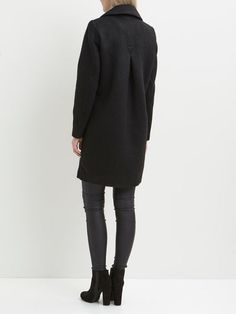 Simplicity - Vinuka coat