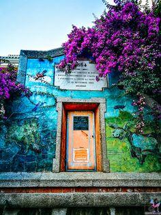 """Karibische Traumstrände, umgeben von unendlichem blauem Wasser, viele Hügellandschaften und Berge zum Erklimmen, Traumurlaub zu einem erschwinglichen Preis – so ungefähr könnte man die Traumurlaubsdestination """"Sardinien"""" in kurzen Worten beschreiben. Strand, Frame, Painting, Decor, Art, Europe, Sardinia, Caribbean, Mountains"""