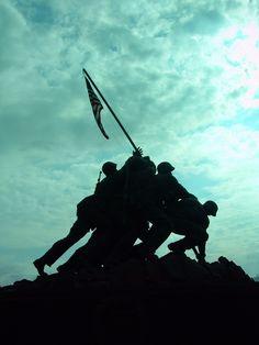 Marine Corps War Memorial. Arlington, VA.