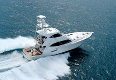 sport-fishing boat : motor-yacht with enclosed flybridge (convertible) 550 OFFSHORE Maritimo