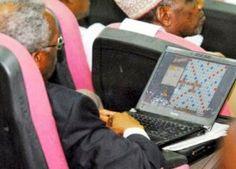 SHOWBIZPLUS: National Shame: Confab delegate caught playing scr...