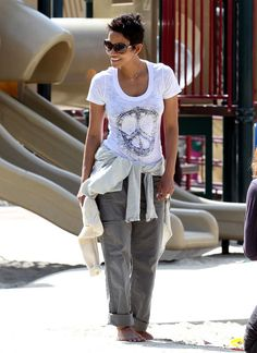 CASUAL CHIC  Halle Berry makes