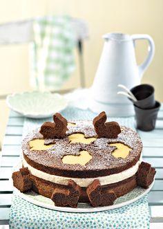 bolo de chocolate com coelhinhos