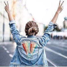 Bom diaaaa!!!💙❤️💛 Um lindo final de semana pra vocês!!!🙏🏼🌹😘 via @inter.fashion.love