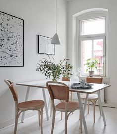 Home with turn of the century details - via Coco Lapine Design