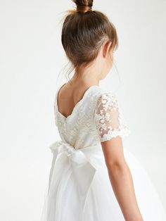 Buy John Lewis & Partners Girls' Short Sleeve Lace Dress, Ivory from our Girls' Dresses range at John Lewis & Partners. Free Delivery on orders over Lace Dress Pattern, Lace Bodice, Tulle Flower Girl, Flower Girl Dresses, Girls Dresses, Pretty Dresses, Beautiful Dresses, Bridesmaid Duties, Bridesmaids