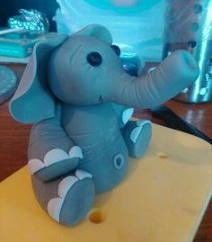 Fondant elephant cake topper
