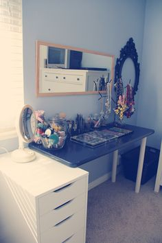 Hello Mess: DIY Makeup Table + Silhouette Discount