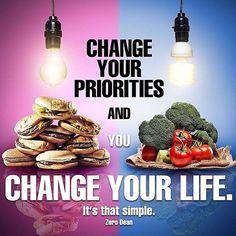 Quels sont tes priorités dans la vie ? Change les et tu changeras ta vie.  Si tu es motivé à changer quelque chose et si en plus de la motivation tu as de vrais raisons et motifs pour améliorer ton état de forme on peut t'aider à y arriver.  Donne moi 100% et je m'investis à 200% pour t'aider à être à ton meilleur état de forme maintenant et pour le reste de ta vie. . Avec mon programme tu vas : Perdre en masse grasse Gagner en masse musculaire Maintenir ton poids de forme Detoxiner ton…