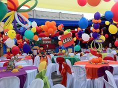 balloon catch | Lego / Birthday / Decorations: balloon decor with hanging legos