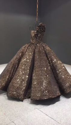 Stunning sequin ball gown featuring unique ruffled one shoulder and full ball gown skirt. - Unique black and gold sequin fabric - Heavy ball gown skirt - Vintage and ornate look - Video Video Video-black Pretty Prom Dresses, Homecoming Dresses, Cute Dresses, Casual Dresses, Ball Gowns Prom, Ball Dresses, Evening Dresses, Indian Wedding Gowns, Formal Dresses For Weddings