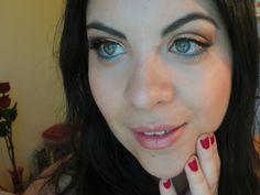 Gisele Trimboli do Giyupi.com  Esta Moça Simpática, é uma Brasileira que mora no E.U.A  Começou fazer vídeos Tutoriais no Youtube e atualmente é um dos canais e blogs mais acessados no Mundo!!!  http://www.giyupi.com/