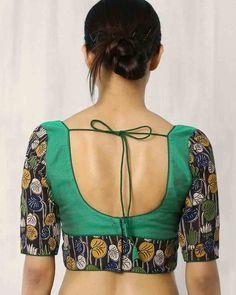 Buy Multicoloured Indie Picks Kalamkari Print Back Open Blouse Patch Work Blouse Designs, Simple Blouse Designs, Stylish Blouse Design, Kalamkari Blouse Designs, Saree Blouse Neck Designs, Blouse Patterns, Kalamkari Blouses, Kalamkari Saree, Choli Designs