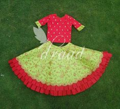 New Baby Girl Outfits Matching 36 Ideas Kids Dress Wear, Kids Gown, Dresses Kids Girl, Kids Wear, Kids Outfits, Kids Indian Wear, Kids Ethnic Wear, Baby Lehenga, Kids Lehenga