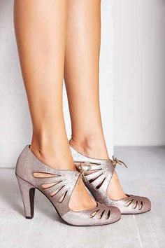 Brave Lace-Up Heel