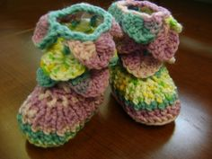 Baby booties with crocodile stitch.   I made them!