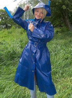 Raincoats For Women Seasons Blue Raincoat, Pvc Raincoat, Plastic Raincoat, Plastic Pants, Hooded Raincoat, Plastic Mac, Rain Fashion, Rainy Day Fashion, Leather High Heel Boots