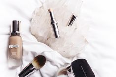 Gritty Pretty's team of beauty editors put La Mer's new foundation range to the test.