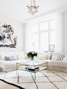 Perfect Living Room - Alexa Dagmar : Alexa Dagmar