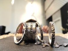 bague mood avec addon argent et tantale - Mood Collection Rock, Wedding Rings, Engagement Rings, Medium, Bracelets, Silver, Collection, Jewelry, Androgynous