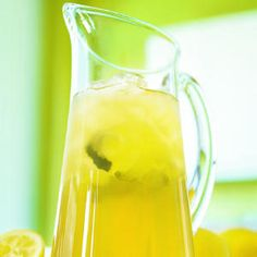 Lemon iced tea is a delicious drink which contains fresh mint leaves