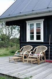 Bilderesultat for sofa for summer house Garden Furniture, Outdoor Furniture, Kingdom Of Denmark, Summer Cabins, Outdoor Chairs, Outdoor Decor, Summer Dream, Beach House, Outdoor Living