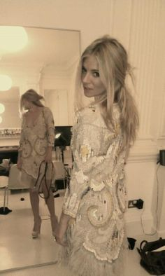Sienna Miller in Matthew Williamson <3