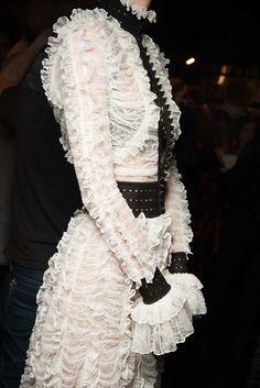 Alexander McQueen Fall 2015 Ready-to-Wear - Beauty - Gallery - Style.com