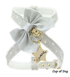 "Harnais chien Funkylicious ""Cute Bow""- Gris https://www.cupofdog.fr/collier-harnais-chihuahua-petit-chien-xsl-243.html"