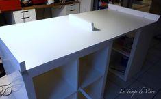 Aménager son atelier (1) : la table de découpe [Tuto inside] - Le Temps de Vivre... Coin Couture, Atelier Couture Diy, Ikea, Desk, Room, Furniture, Home Decor, Sewing, Sewing Cutting Tables