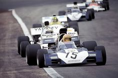 Mike Hailwood (Surtees-Ford TS9B) , Peter Revson (McLaren-Ford M19A), Wilson Fittipaldi (Brabham-Ford BT33), Tim Schenken (Surtees-Ford TS9B) and Howden Ganley (BRM P160B), 1972 Spanish GP, Jarama