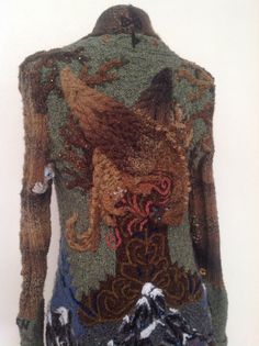 #Smaug on back with #gollum in view #hobbitdudtjacket