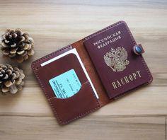 Купить или заказать Кожаная обложка на паспорт. Кожа натуральная в интернет магазине на Ярмарке Мастеров. С доставкой по России и СНГ. Срок изготовления: 2-3 дня с момента оплаты. Материалы: натуральная кожа. Размер: 21х14см - в раскрытом виде<br /> 10х14см… Passport Wallet, Passport Cover, How To Make Leather, Leather Working, Leather Craft, Diy And Crafts, Purses, Leather Wallets, Projects
