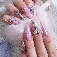 Sexy Nails, Glam Nails, Pink Nails, Beauty Nails, Jewel Nails, Swarovski Nails, Rhinestone Nails, Gorgeous Nails, Pretty Nails