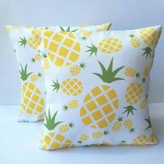 Pineapple Pillow Pineapple Throw Pillow Pineapple by ModHomeDecor Pineapple Room Decor, Pineapple Decorations, Throw Pillow Covers, Throw Pillows, Duvet Covers, Pillow Room, Cute Pillows, Idee Diy, Room Themes