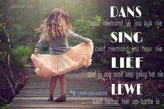 Wise Quotes, Funny Quotes, Inspirational Quotes, Quotations, Qoutes, Afrikaanse Quotes, Wedding Quotes, Life Humor, Love And Marriage