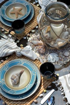 Beach-themed table with shells and Pfaltzgraff Montego | homeiswheretheboatis.net