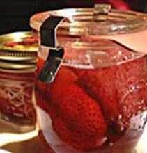 Easy Strawberry Preserves