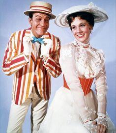 "Movie ""Mary Poppins"" P. Travers, Julie Andrews, Dick Van Dyke, Walt Disney, The Sherman Brothers Bert Mary Poppins, Mary Poppins Film, Julie Andrews Mary Poppins, Walt Disney Mary Poppins, Mary Poppins And Bert Costume, Mary Poppins Jolly Holiday, Pixar, Film Disney, Old Movies"