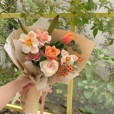 Beautiful Bouquet Of Flowers, Beautiful Flower Arrangements, Types Of Flowers, Flowers Nature, Floral Arrangements, Beautiful Flowers, Plant Aesthetic, Flower Aesthetic, Little Flowers