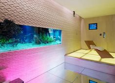 Cubo is the reinterpretation of the geometrical figure of the cube that becomes the original protagonist of these creative and eclectic carved stone panels. Unique Fish Tanks, Stone Panels, Curved Walls, New Wall, Stone Carving, Wall Tiles, Wall Design, New Product, Interior Decorating