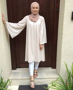 "25 Likes, 2 Comments - لبنى (@hijabispassion) on Instagram: ""@withloveleena #hijab #hijabstyle #hijablover #hijablook #hijabtutorial #hijabtrend #hijabchic…"""