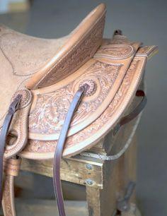 Jeff Hanson Saddles - Cowboy Showcase Cowboy Gear, Cowboy Hats, Cowboy Poetry, Wade Saddles, Square Skirt, Western Tack, West Art, Horse Gear, Flower Stamp