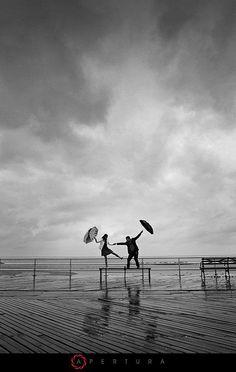 The real deal http://www.smrtdesign.com #sMrtdesign #sMrtumbrella #umbrella #rain #travel #staydry #dontworry #rainyday #enjoylife #longwalks #havefun #staypositive #musthave #accesories #smile #bestday #dancingintherain #singingintherain #live #wonderful #walk #weather #scenery