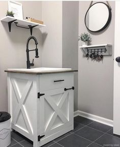 Diy Farmhouse Bathroom Vanity Shanty S Tutorials