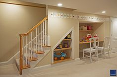 Under the stairs desk basements built ins 26 Ideas Basement Built Ins, Basement Stairs, House Stairs, Basement Ideas, Stair Shelves, Stair Storage, Built In Desk, Built In Shelves, Stair Landing Decor
